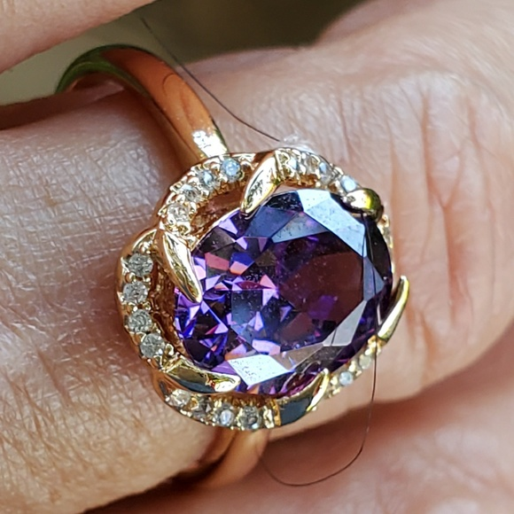 Jewelry - Amethyst and Diamonds size 7.5 /8 sparkling dazzle